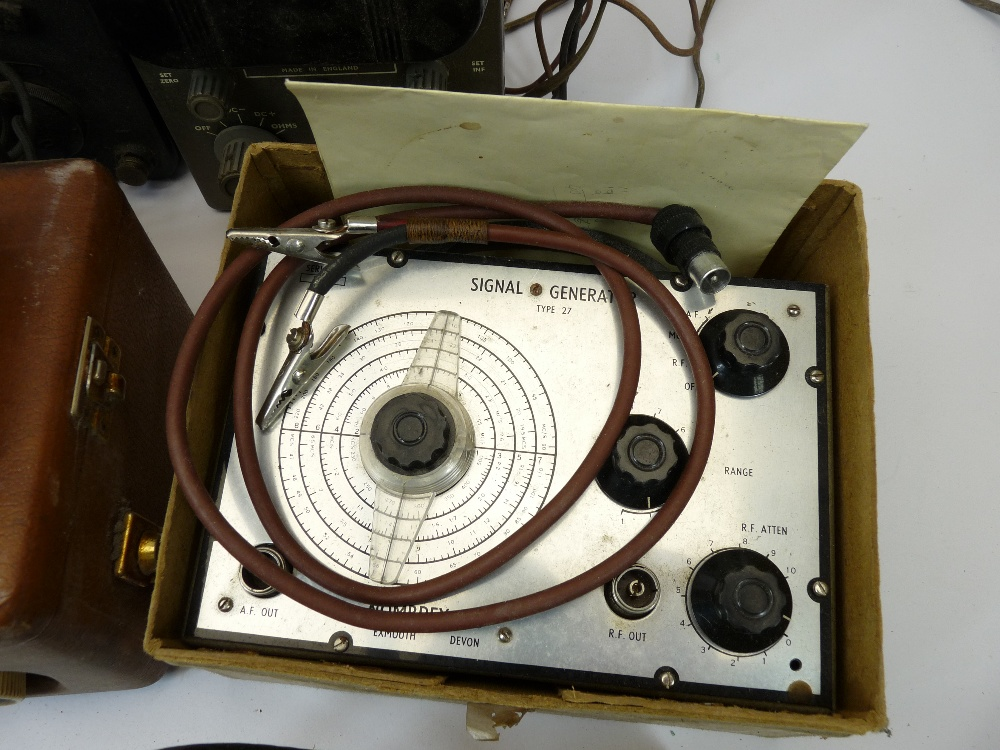 VINTAGE ELECTRONICS, A MIXED QUANTITY - a Grundig tape recorder, boxed Nombrex signal generator, AVO - Image 2 of 4