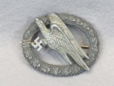 WW2 GERMAN LUFTWAFFE PARATROOPER BADGE - unmarked, possible later repairs, closed wreath at the