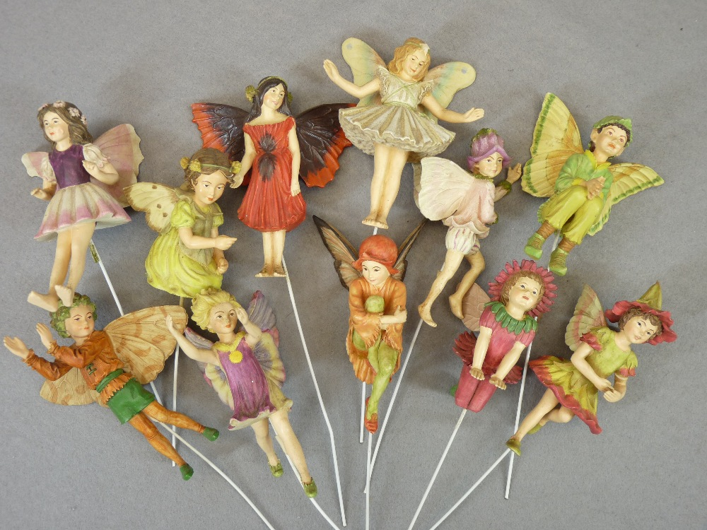 FANTASY DRAGON & FAIRY FIGURINES, decorative animals and birds, a mixed collection (in 3 boxes) - Image 2 of 6