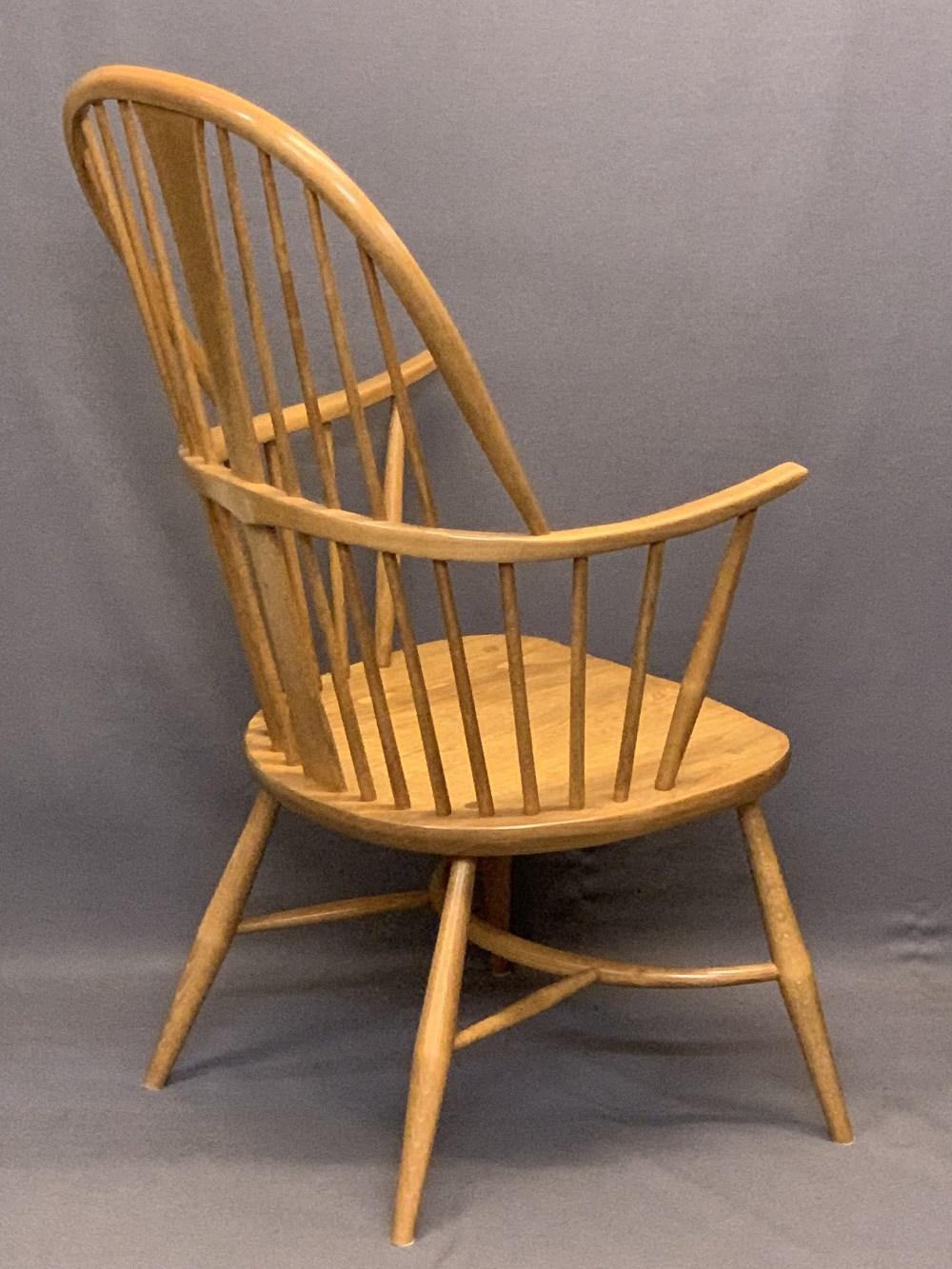 LIGHT ERCOL WINDSOR STYLE ARMCHAIR - with hoop back, crinoline type stretcher and removable - Image 4 of 5