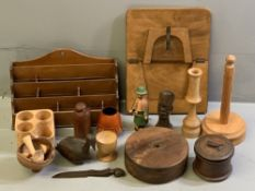 TREEN - good vintage letter rack, carved busts and a large assortment of other treen items