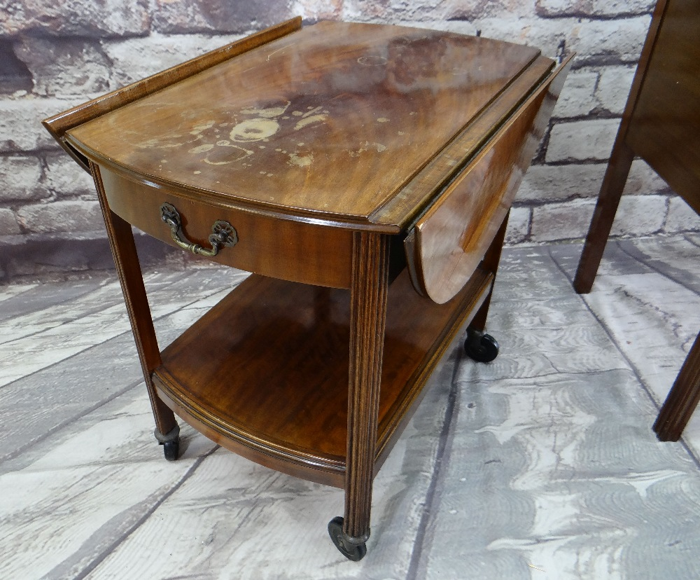 ASSORTED OCCASIONAL FURNITURE, comprising dressing table with four drawers (mirror back missing), - Image 2 of 6