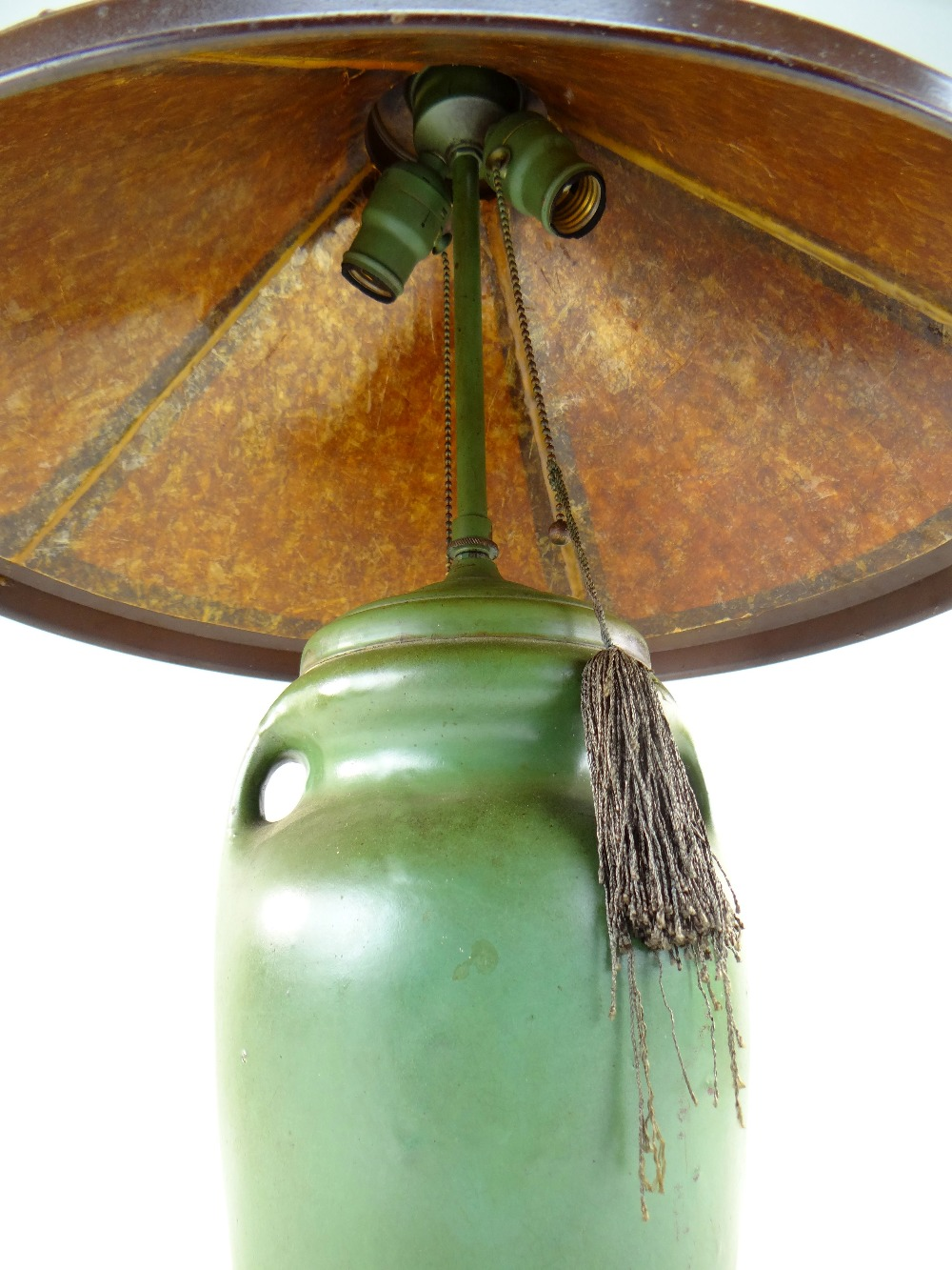 ARTS & CRAFTS DIRK VAN ERP-STYLE TABLE LAMP, conical simulated mica shade with riveted straps, on - Image 3 of 3