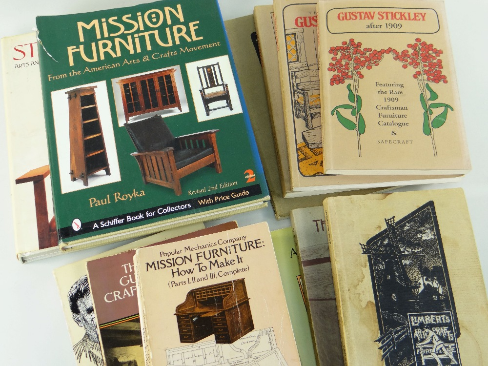 ASSORTED AMERICAN ARTS & CRAFTS REFERENCE BOOKS including volumes relating to Gustav Stickley, L & J