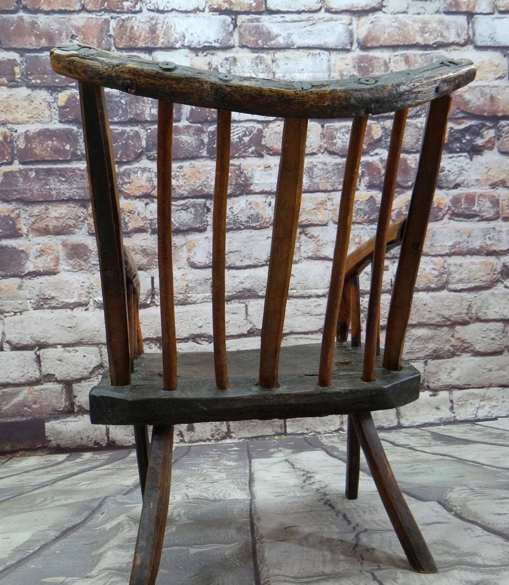 PRIMITIVE OAK & ASH ARMCHAIR, raked comb back with spindles and down-turned arms, thick - Image 4 of 5