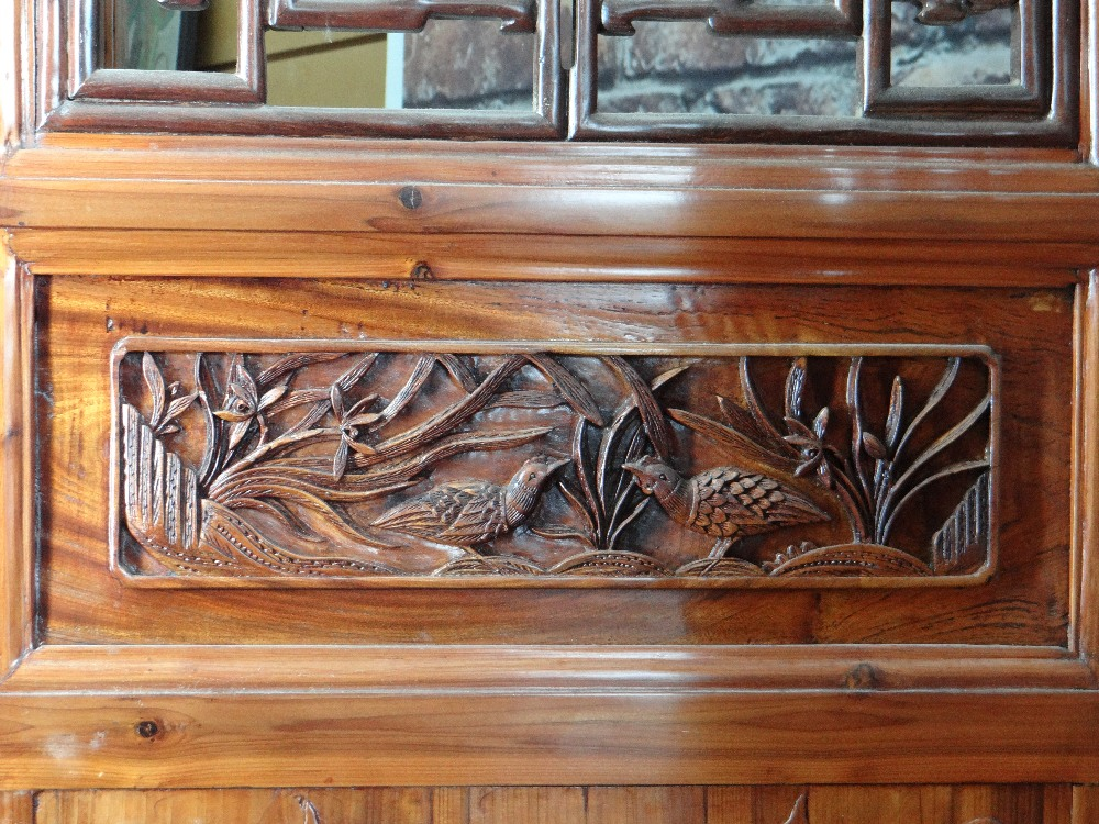 LARGE CHINESE ELM SIX-LEAF SCREEN, reticulated top and centre panels decorated with bats, cash and - Image 6 of 12
