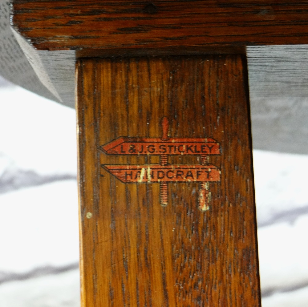 ARTS & CRAFTS LEOPOLD & JOHN GEORGE STICKLEY JOINED OAK TABLE, circular on four uprights joined by - Image 3 of 3
