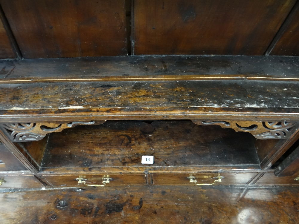 A SMALL CHARACTERFUL OAK NORTH WALES CUPBOARD-BASE WELSH DRESSER circa 1770-1800 having a base of - Image 11 of 26