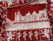 MID 20TH CENTURY CAERNARFON BLANKET depicting Aberystwyth College under the words 'Cymru Fydd' (