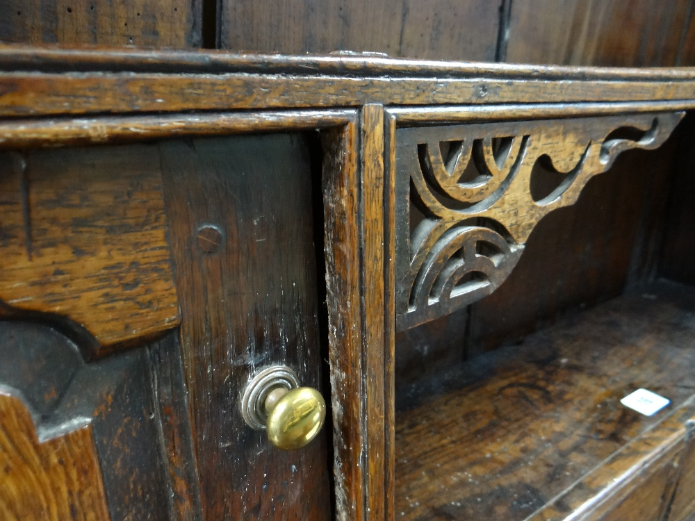 A SMALL CHARACTERFUL OAK NORTH WALES CUPBOARD-BASE WELSH DRESSER circa 1770-1800 having a base of - Image 17 of 26