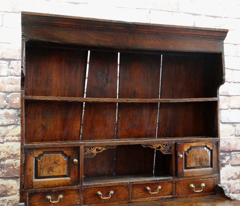 A SMALL CHARACTERFUL OAK NORTH WALES CUPBOARD-BASE WELSH DRESSER circa 1770-1800 having a base of - Image 3 of 26