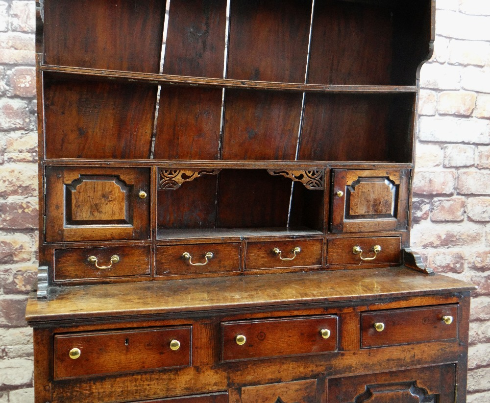 A SMALL CHARACTERFUL OAK NORTH WALES CUPBOARD-BASE WELSH DRESSER circa 1770-1800 having a base of - Image 2 of 26