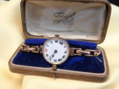VINTAGE 9CT GOLD LADIES WRISTWATCH having expanding 9ct gold bracelet, 22.2gms, in fitted Townsend &