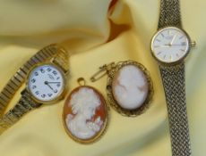 ASSORTED JEWELLERY & WATCHES comprising 9ct gold set carved cameo brooch, carved cameo brooch in