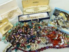 ASSORTED COSTUME JEWELLERY, including beaded necklaces and brooches