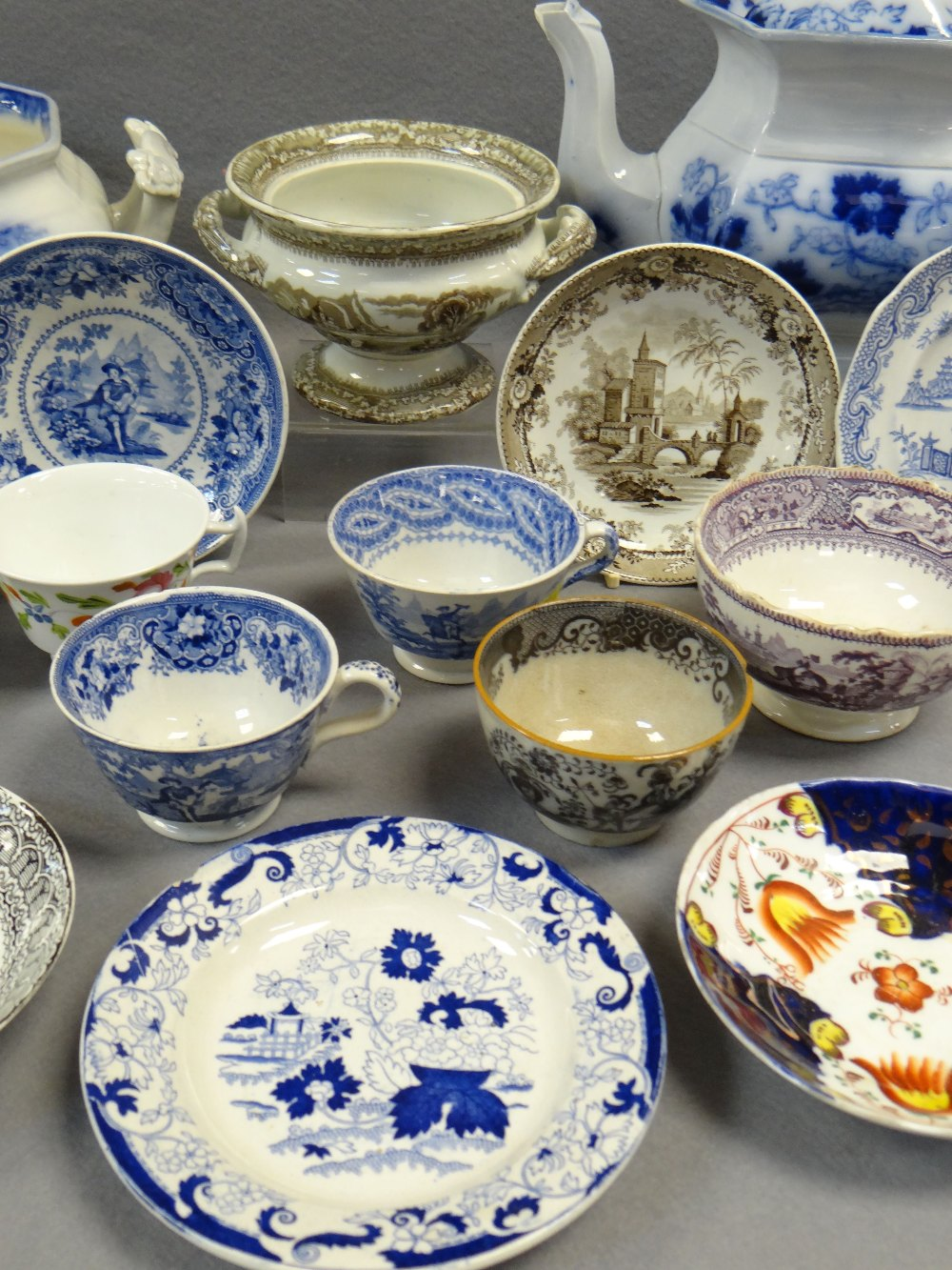 NINETEEN ITEMS OF ASSORTED WELSH TRANSFER POTTERY (19) Comments: please view in person to examine - Image 3 of 4