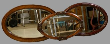 VINTAGE OAK & MAHOGANY OVAL WALL MIRRORS (3), 60 x 90cms the largest