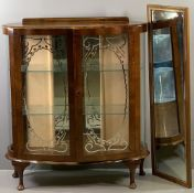 ART DECO STYLE CHINA CABINET with mirrored interior and etched glazed doors, 116cms H, 101cms W,
