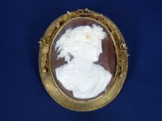 VICTORIAN & LATER JEWELLERY, 2 ITEMS - a cased pinchbeck framed cameo brooch, 15 x 4.5cms (AF) and