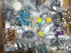 COSTUME JEWELLERY NECKLACES & BRACELETS - a large quantity in 50 small bags