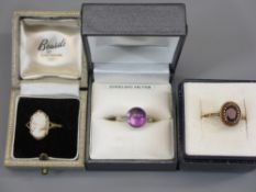 9CT GOLD & SILVER DRESS RINGS (3) to include an Amethyst set in gold, size O, cameo mounted ring