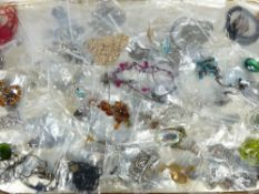 VINTAGE & LATER COSTUME JEWELLERY NECKLACES, ETC in 100 small bags including Coral, Venetian type,