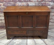 18TH CENTURY JOINED OAK MULE CHEST, moulded hinged top above triple panelled front and two apron