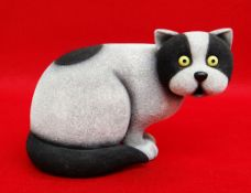 DOUG HYDE limited edition (223/295) cold cast sculpture - 'Bright Eyes', a seated cat, 21cms long