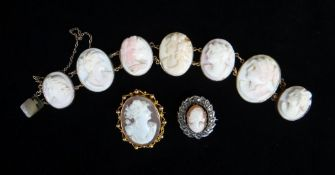 SEVEN-PANEL RELIEF CARVED CAMEO BRACELET, depicting side portraits of classical ladies, in