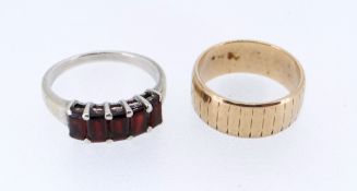 9CT GOLD WEDDING BAND, 4.1gms, together with silver ring set with semi-precious stones (2)