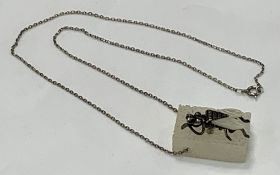 TORBEN HARDENBERG SCULPTURAL PENDANT NECKLACE - Fly on a sugar cube, circa 1970-80, sterling