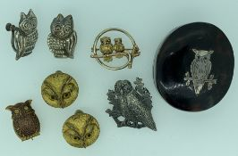 OWL JEWELLERY and an inset owl tortoise shell lidded box to include a two tone 9ct gold circular