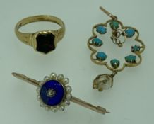 LATE VICTORIAN JEWELLERY, 3 ITEMS to include an 18ct gold ring having insect carved mounted
