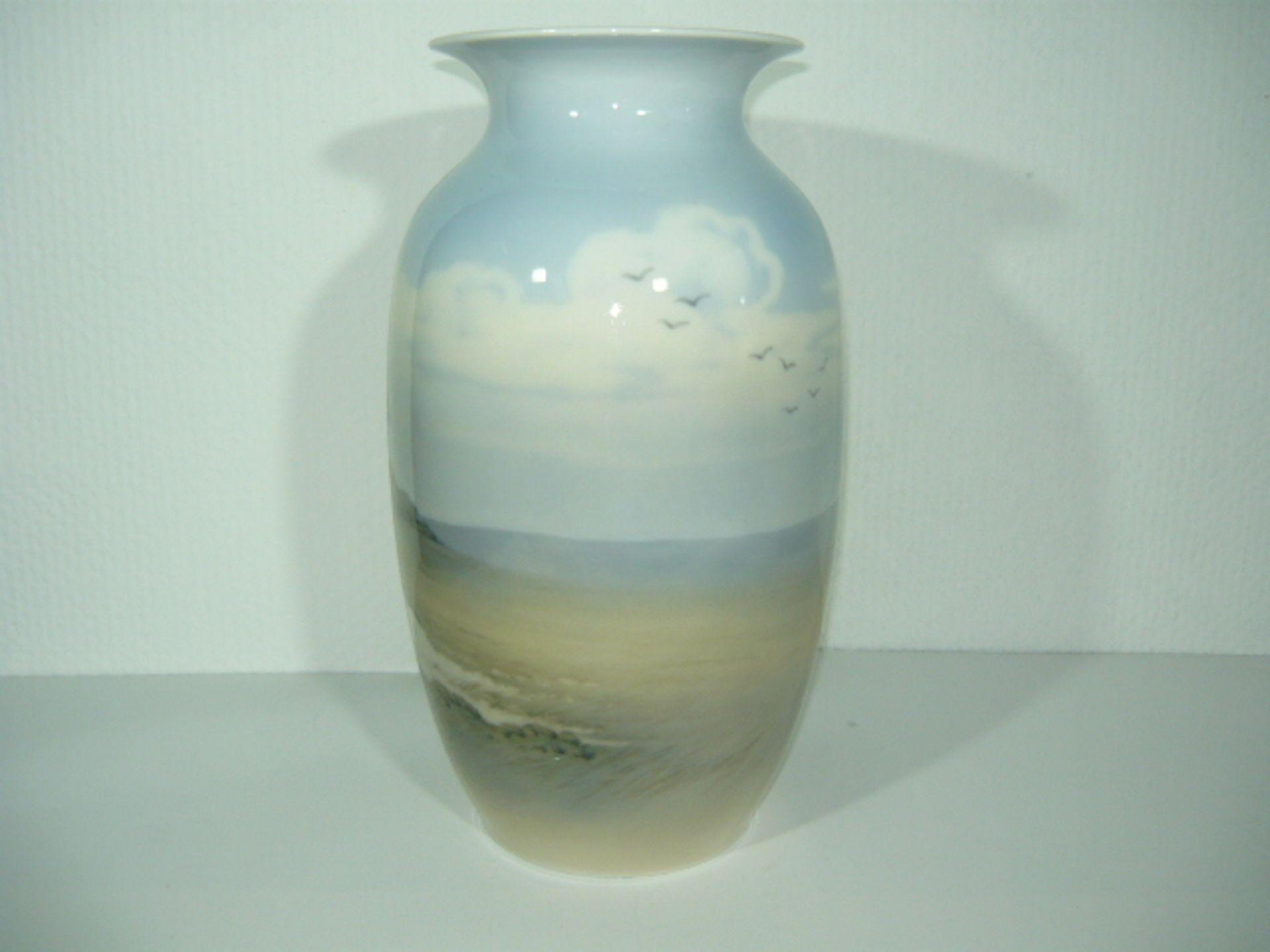 Royal Copenhagen. Große Vase. Unikat oder Kleinstserie. Adlerberghaus in Rebild, DK. I.W. H. ca. - Bild 2 aus 3
