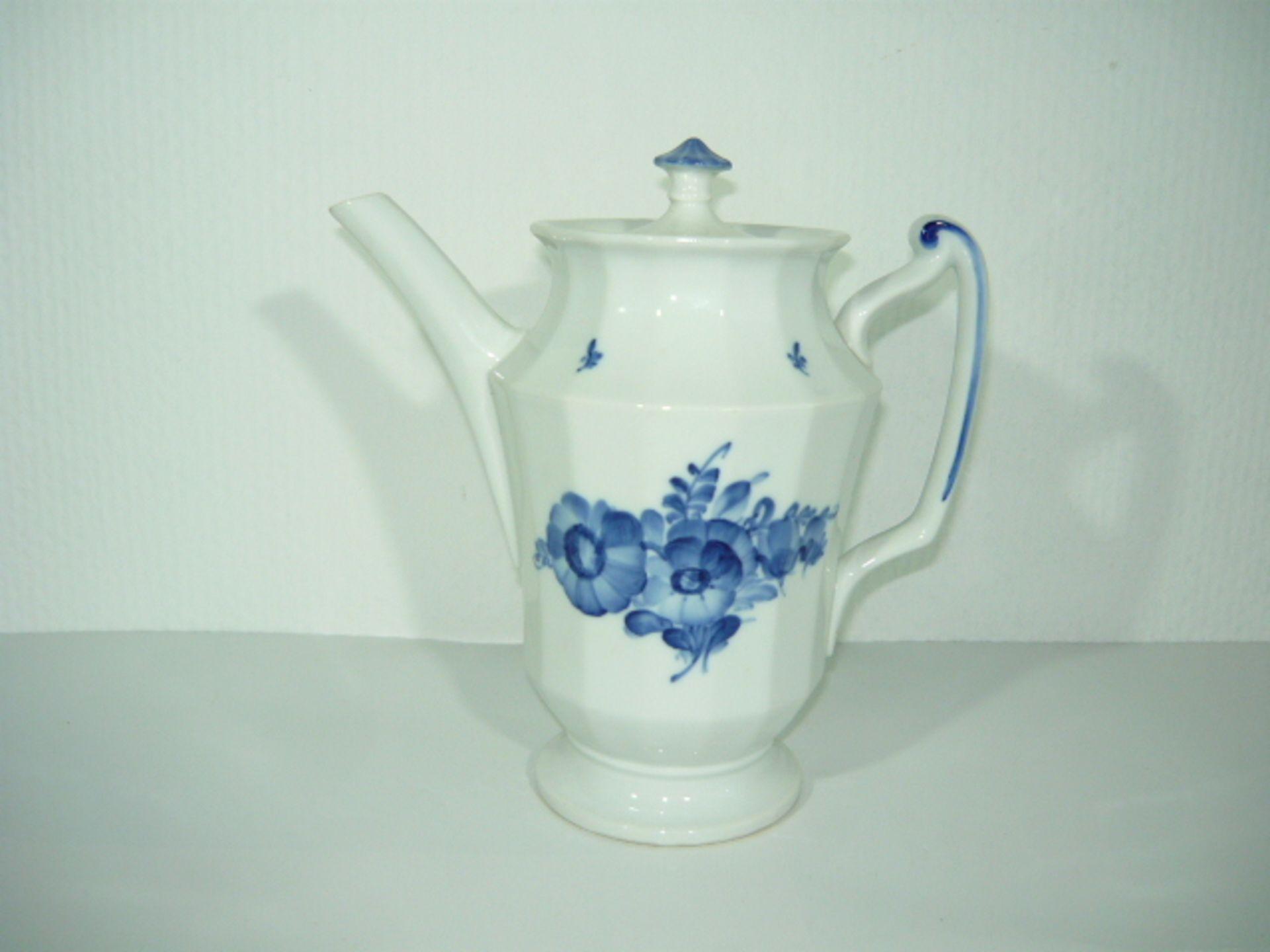 Royal Copenhagen. Blaue Blume. Große Kaffeekanne. II.W. H ca. 25cm. KOSTENLOSER VERSAND INNERHALB