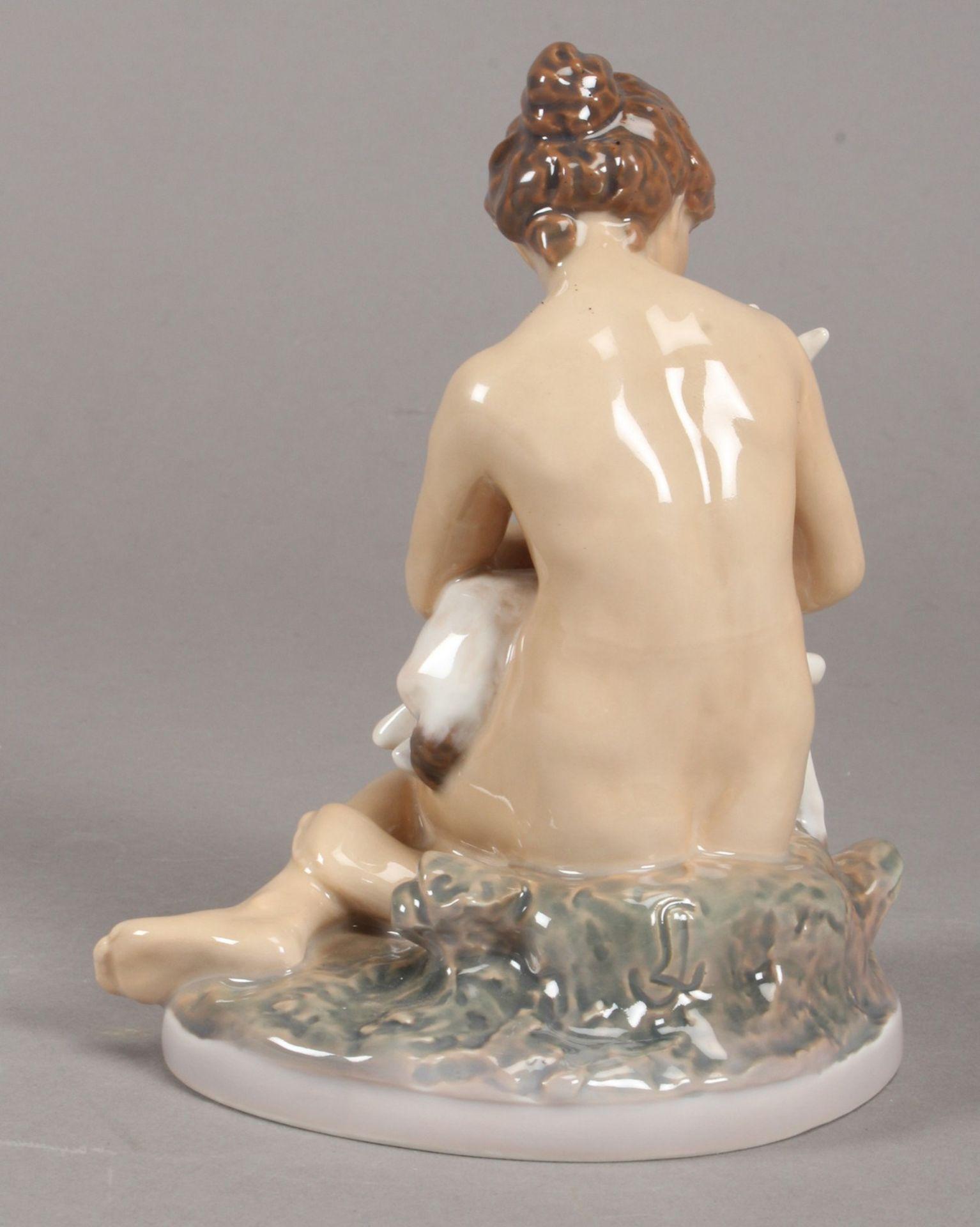 Dahl Jensen, Copenhagen. Junges nacktes Mädchen mit Ziegenkitz. Modell nr. 1276, I.W. H. 18 cm. - Bild 2 aus 4