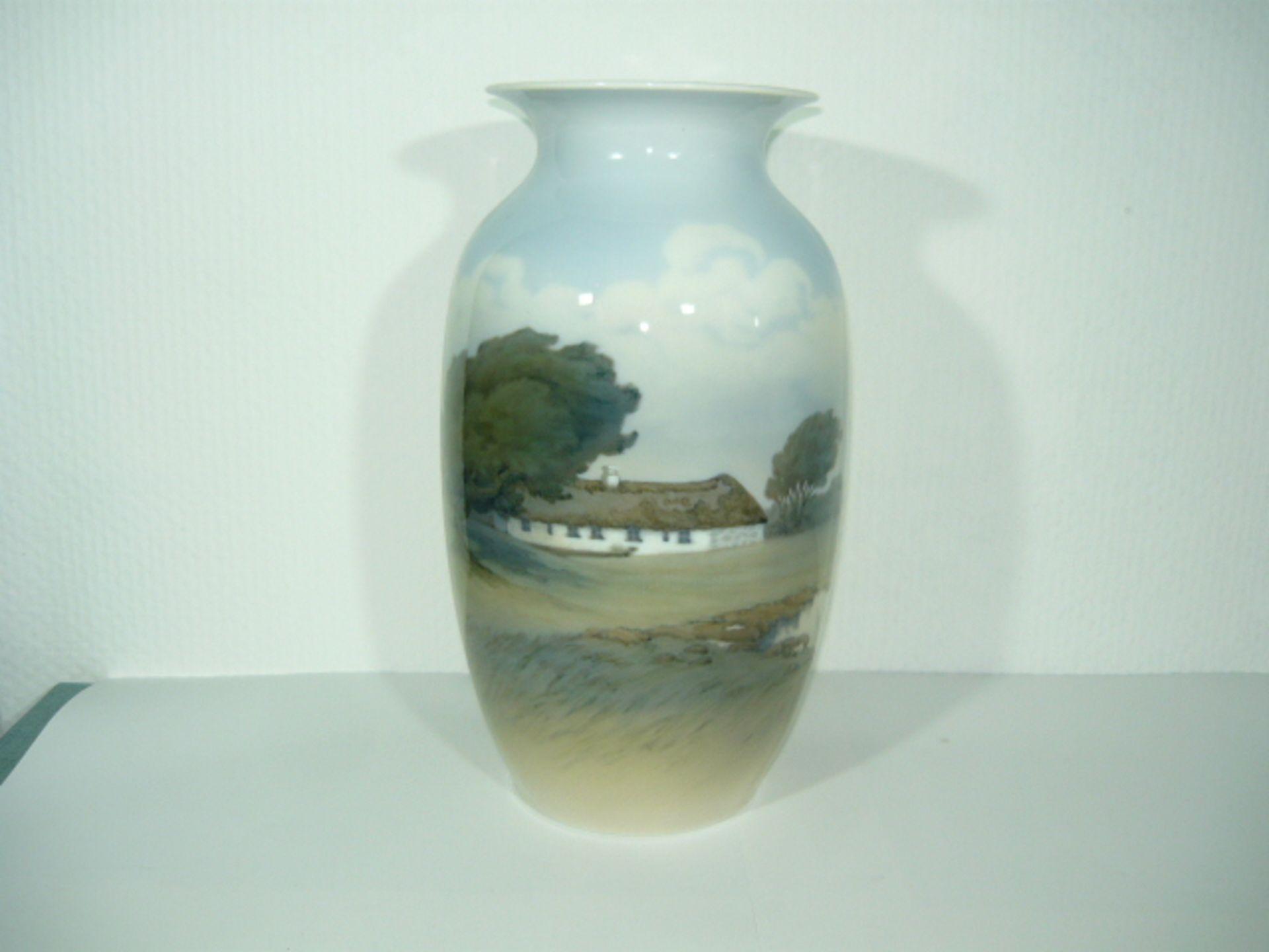 Royal Copenhagen. Große Vase. Unikat oder Kleinstserie. Adlerberghaus in Rebild, DK. I.W. H. ca.