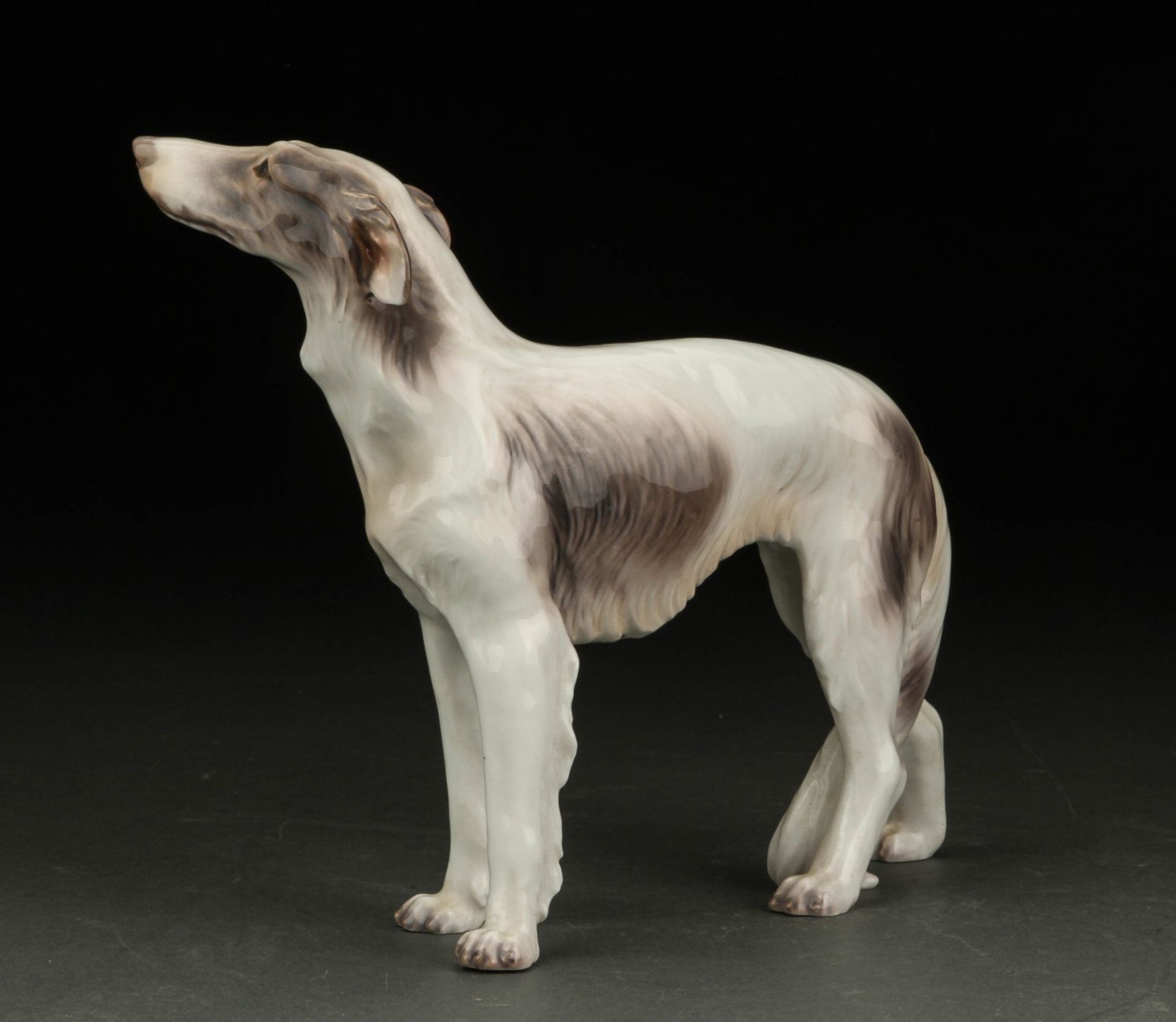 Dahl Jensen. Russischer Hirtenhund Porzellanfigur no. 1137 II.W. , H. 18 cm L ca 30cm. KOSTENLOSER - Bild 2 aus 2