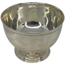 Rare Georgian Silver Pedastal Bowl. 174 g. London 1755