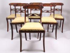 Suite von sechs Stühlen. England, 19. Jh. Palisanderholz. Trapezförmiger Rahmen, Säbelbein