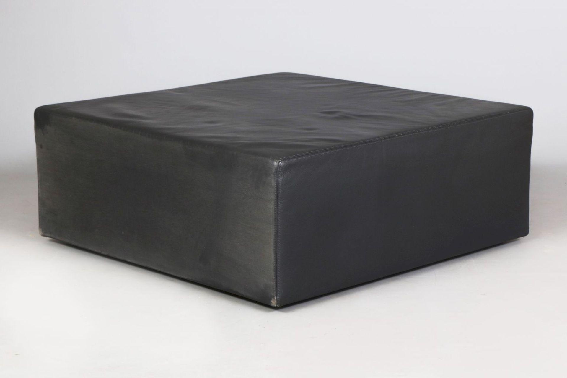 Leder-Pouf (Sitzmöbel oder Couchtisch) - Image 2 of 3