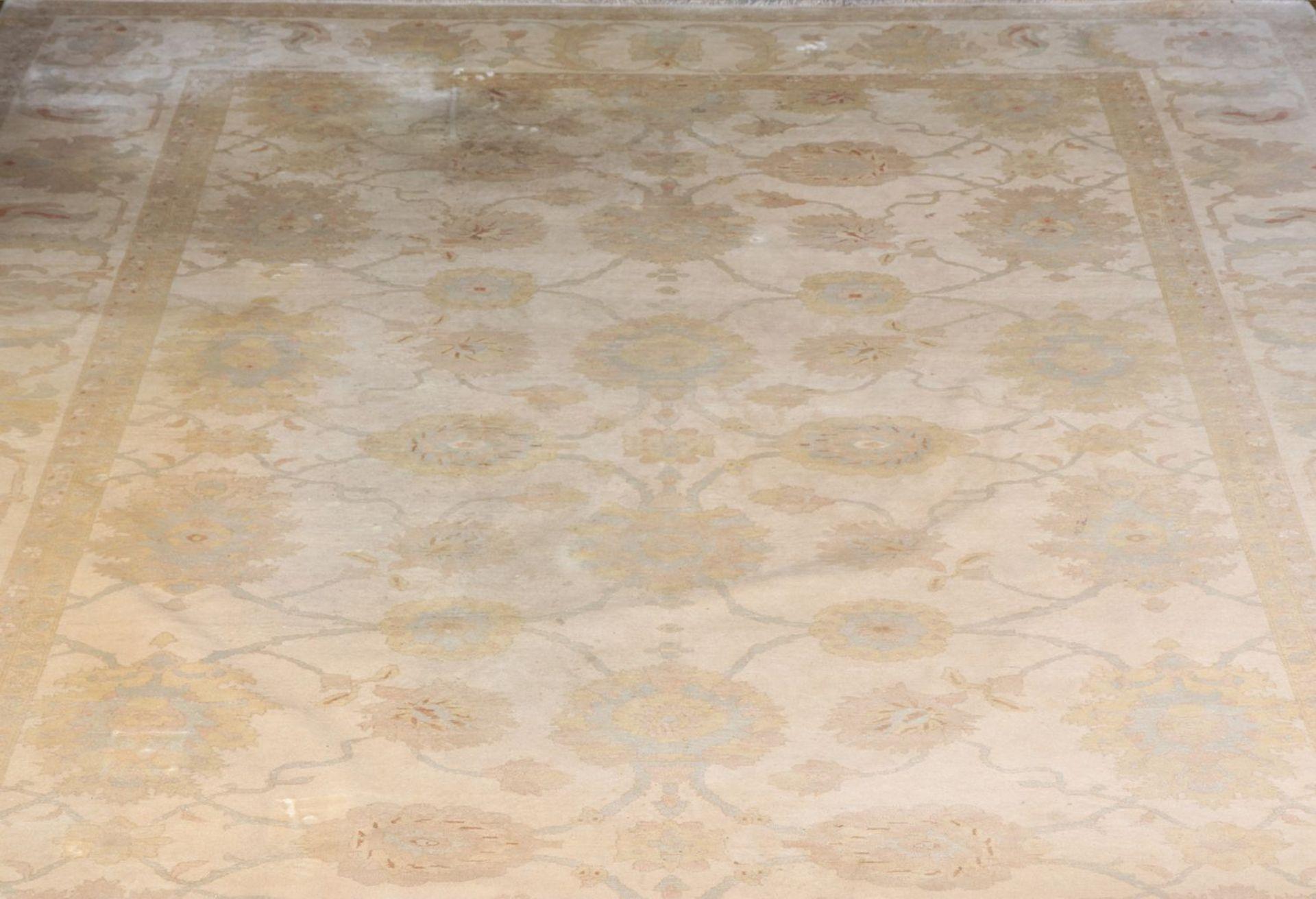 Großer Ziegler Teppich