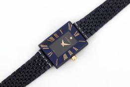 H. STERN Damenarmbanduhr ¨Sapphire Watch¨