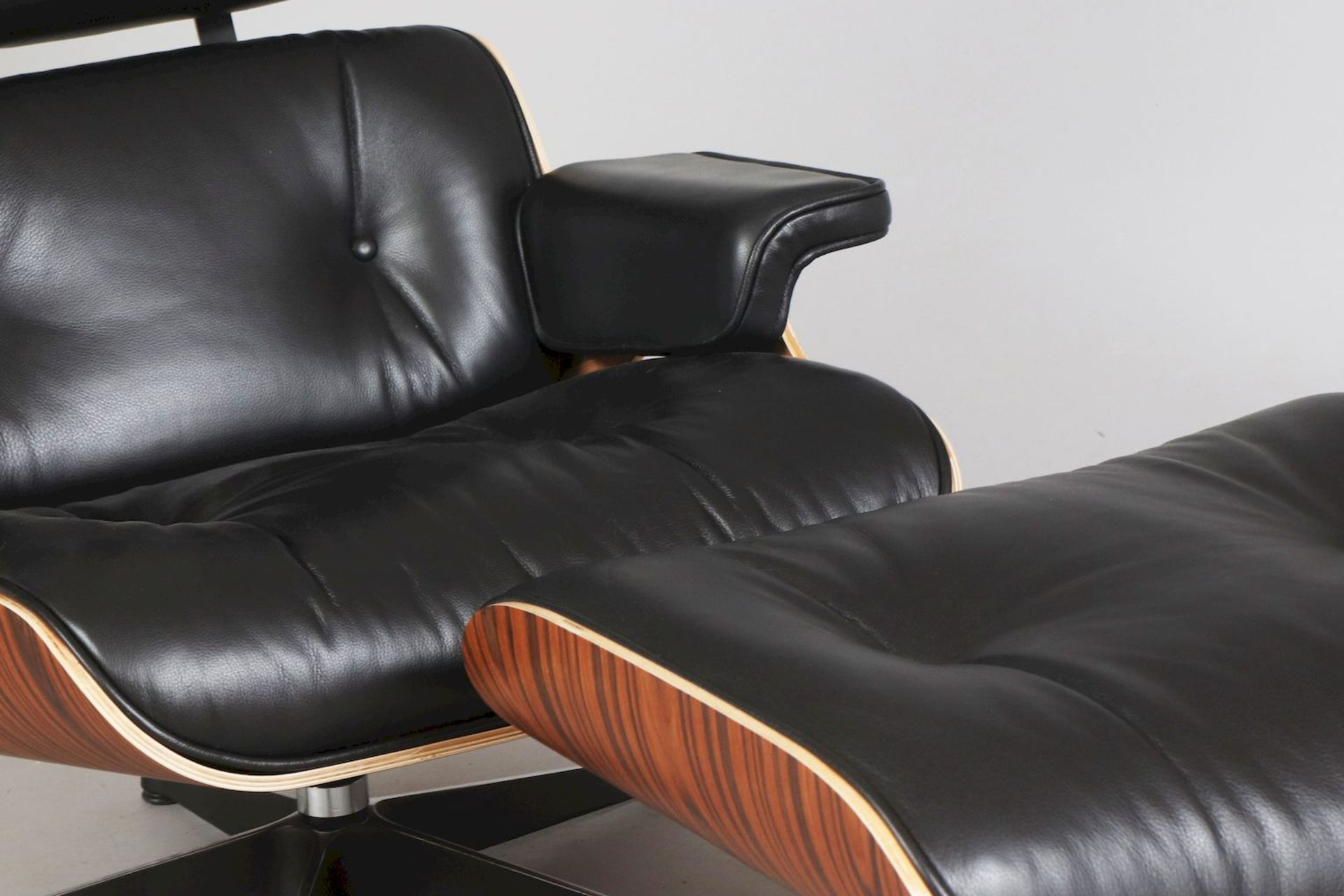 Lounge chair mit Ottomane - Image 3 of 5