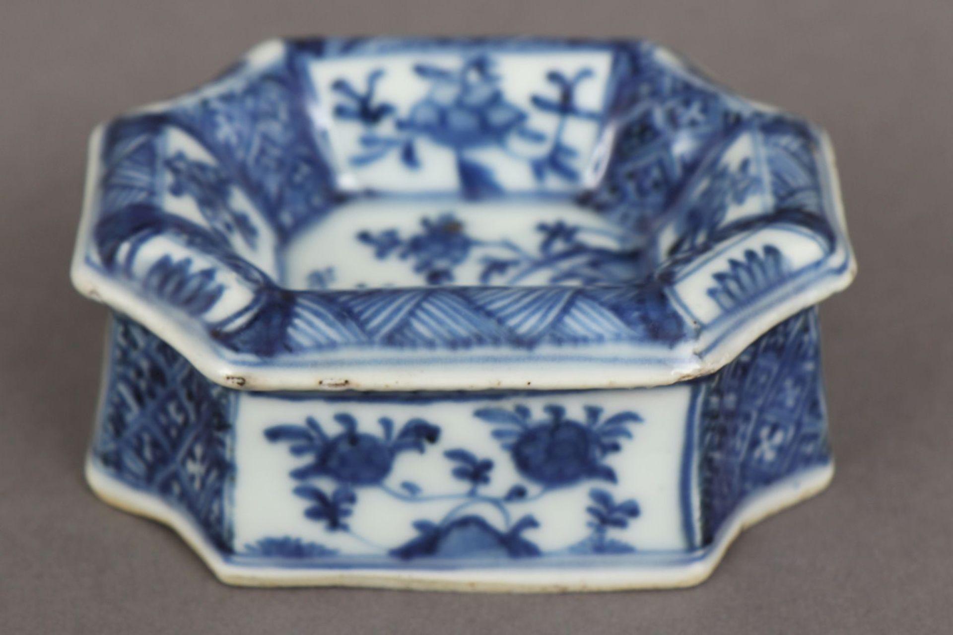 2 chinesische Porzellane mit Blaumalerei - Bild 5 aus 7