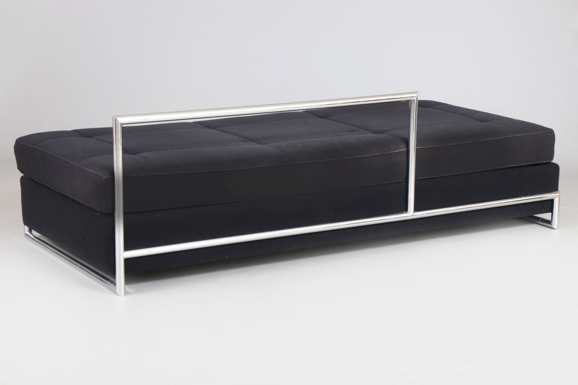 EILEEN GRAY Daybed - Image 2 of 3
