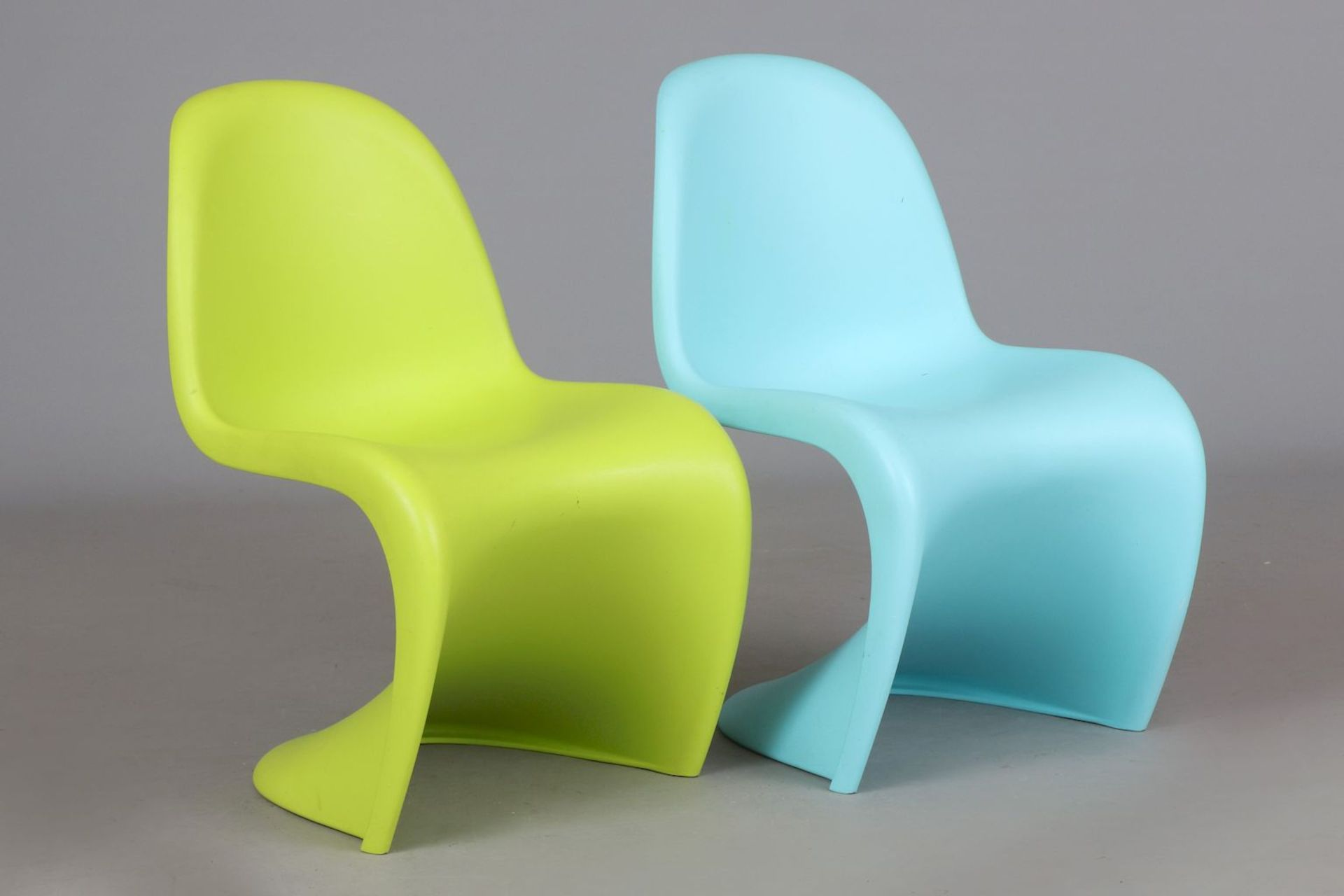 2 VERNER PANTON Kinder (Junior) ¨Panton Chairs¨ - Image 3 of 5