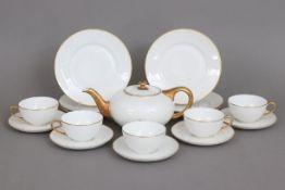 ROSENTHAL Tee-(Rest-)Serviceum 1928, Form ¨Balmoral¨, Weißporzellan mit Goldrand und Ätzdekor,