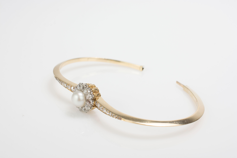 Armreif mit zentraler Perle und Diamantbesatz - Image 3 of 4