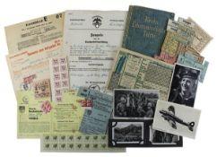 Großes Konvolut Lebensmittelkarten etc., Zeugnis, Lehrvertrag u. Postkarten, meist Deutsches Reich